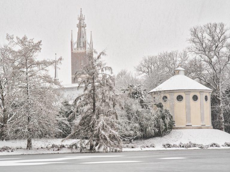 Bibelturm und ehemalige Synagoge