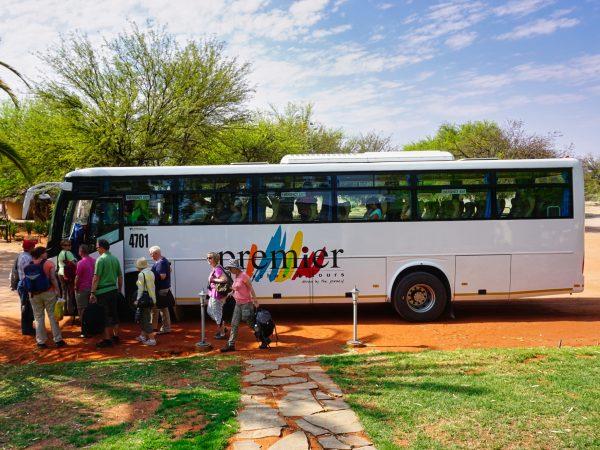 Unser Bus ist da